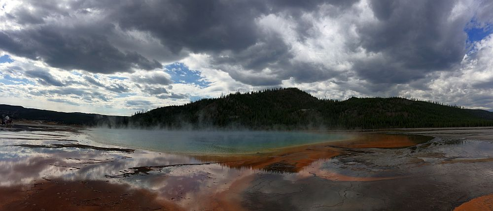 Grand Prismatic Spring Mittags