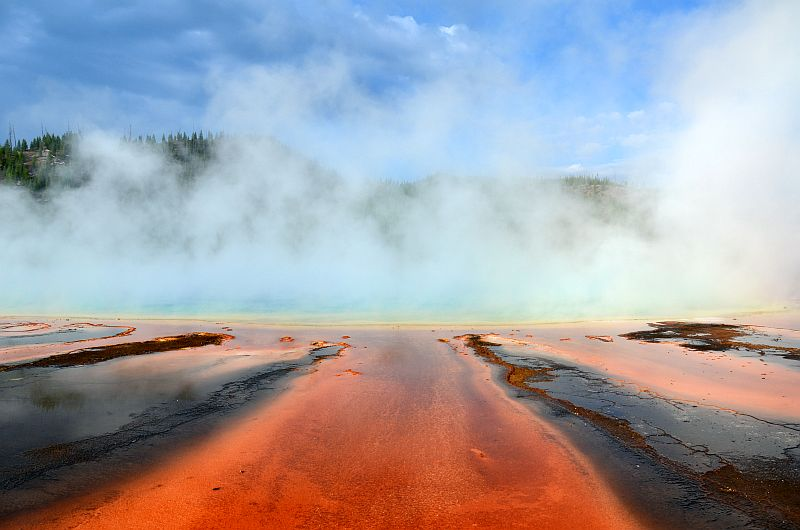 Grand Prismatic Spring am Morgen